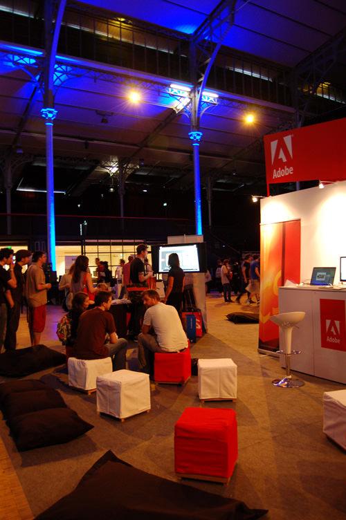 Stand Adobe - Festival OFFF
